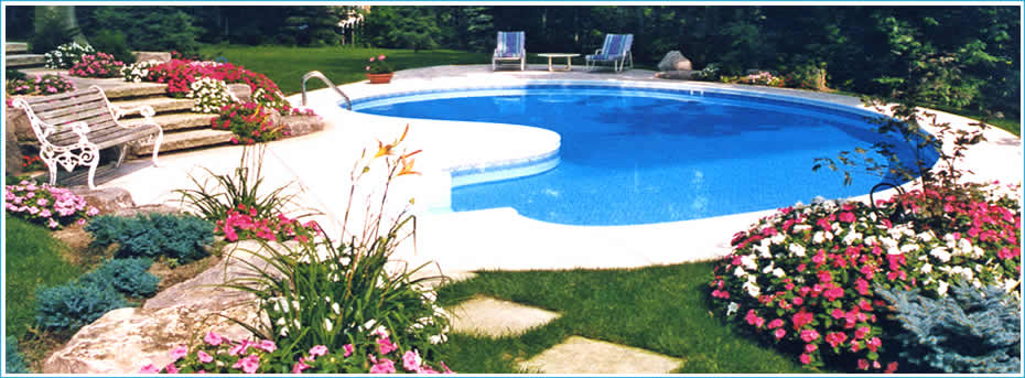 Tampa Bay Florida swimming pools builder and the best FL pool contractor for vinyl liner pools.
